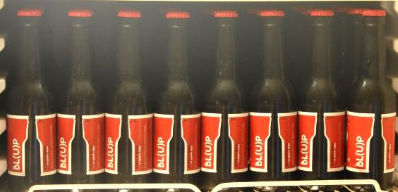 les etiquettes de la bière blup, la bl(u)p bière  de l'est (du vaucluse)